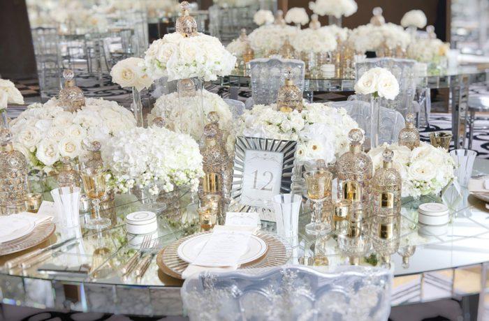 Les fleurs blanches et les parfums : à table !